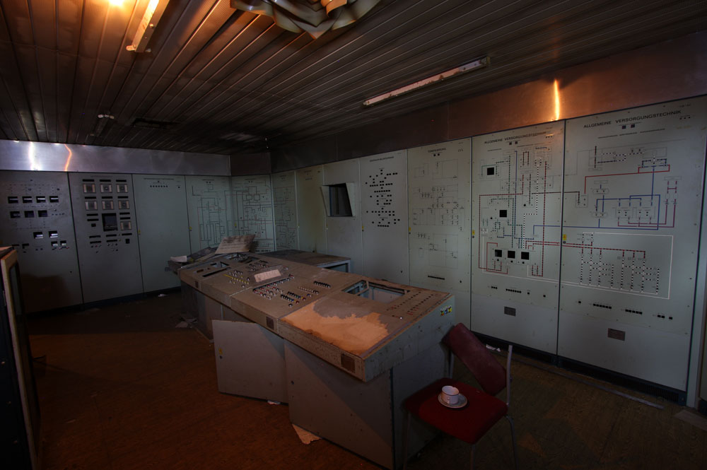 As in all 5000-series bunkers the main control room is the place to be.