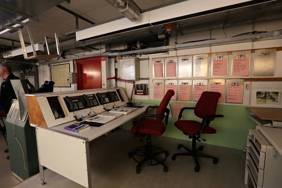 Battery command control room in the main measuringstation.