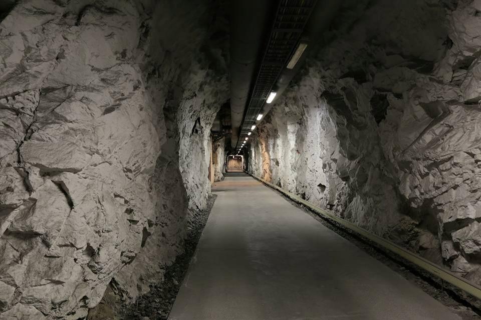 Part of the massive tunnelssytem.