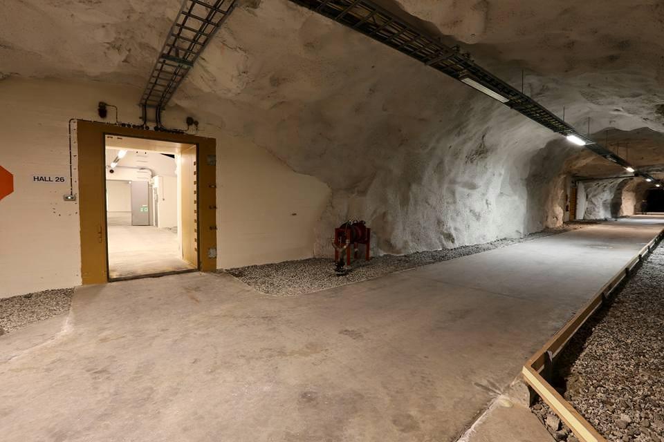 In the ammunition storage part.